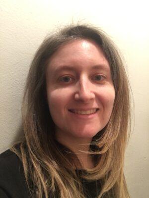 Deborah Beth Medows Headshot