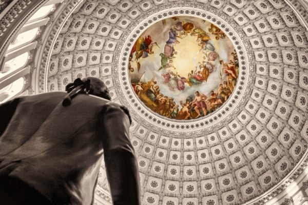 Senate reauthorizes FDA to collect fees from drugmakers