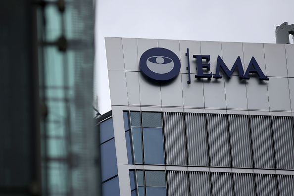The logo of the European Medicines Agency is seen on the office building after the visit of Spanish Health Secretary, Dolors Montserrat in Canary Wharf, east London on May 2, 2017. / AFP PHOTO / Daniel LEAL-OLIVAS (Photo credit should read DANIEL LEAL-OLIVAS/AFP/Getty Images)