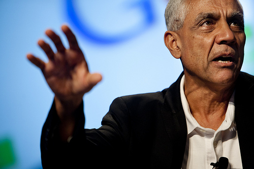 Vinod Khosla takes data-better-than-doctors schtick to Stanford biomed conference