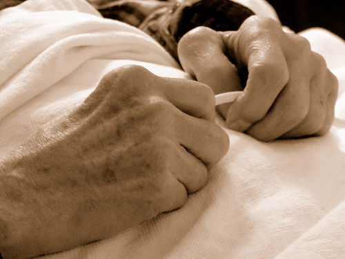 End of life care for dementia patients linked to insurance type